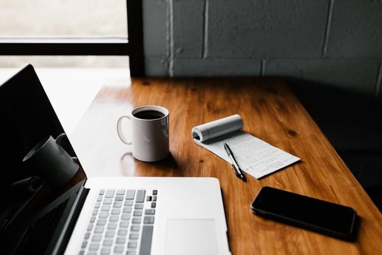 najpopularnije niše za bloging u 2021.godini sta je google analitika